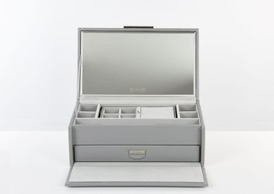 DD21 dulwich-designs-notting-hill-medium-jewellery-box-grey-71175